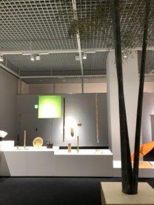 京都伝統産業ミュージアムで展示中の茶道具と天然青竹